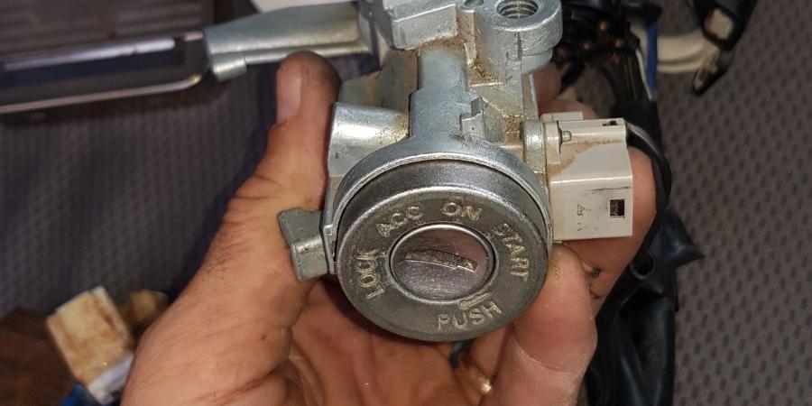locksmith auto key ignition fix